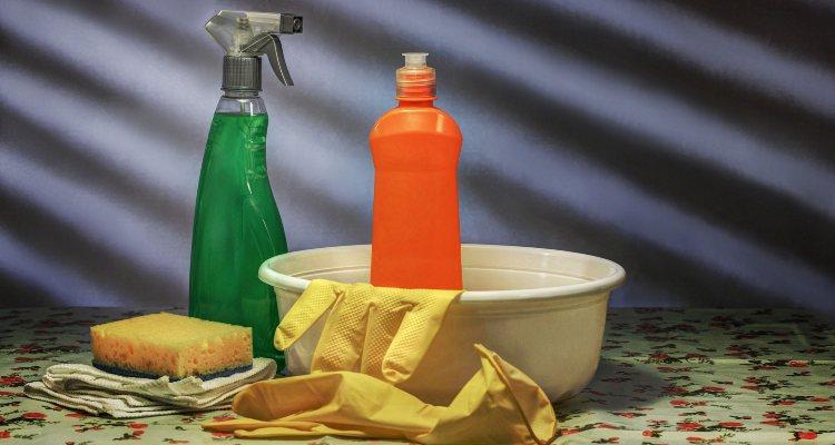 desinfetar-casa Quantas Vezes Você Deve Limpar e Desinfetar sua Casa Contra o Coronavírus?