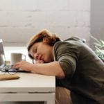 Como Afastar o Sono da Tarde - 6 Melhores Formas