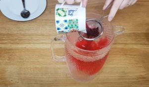 Água flavorizada de hibisco -Passo 1