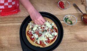 Receita de Pizza Fit Low Carb - Passo 4