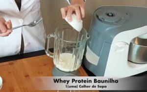 Receita de Shake Proteico de Morango - Passo 3
