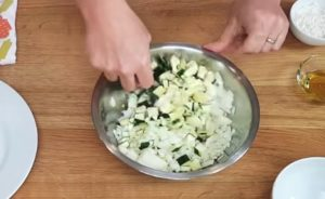 Torta Quiche Vegetariana de Abobrinha - passo 2