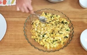 Torta Quiche Vegetariana de Abobrinha - passo 4