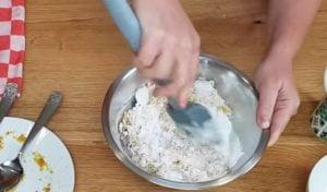 pao de queijo de batata doce - passo 2