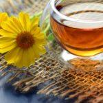 Chá de camomila no cabelo é bom? Clareia? Hidrata?