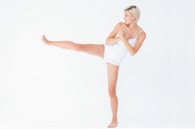 elevação lateral de pernas ginástica localizada
