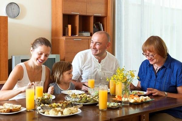 Família no almoço
