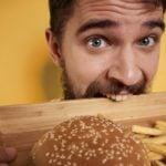 Sua fome aumentou na pandemia? 7 dicas para controlar o apetite
