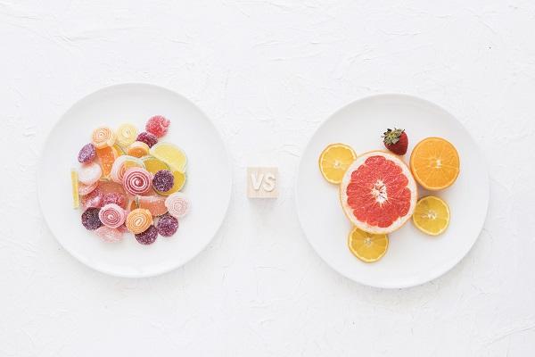 Frutas y dulces