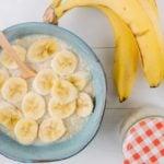 Receita de mingau proteico com banana e manteiga de amendoim