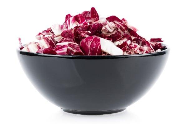 como-usar-o-radicchio-em-salada