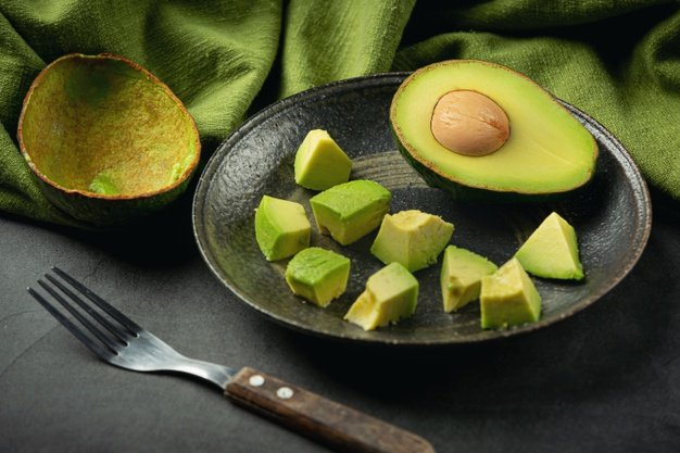 abacate em pedaços