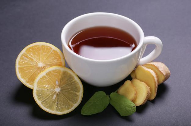 chá de limão com gengibre