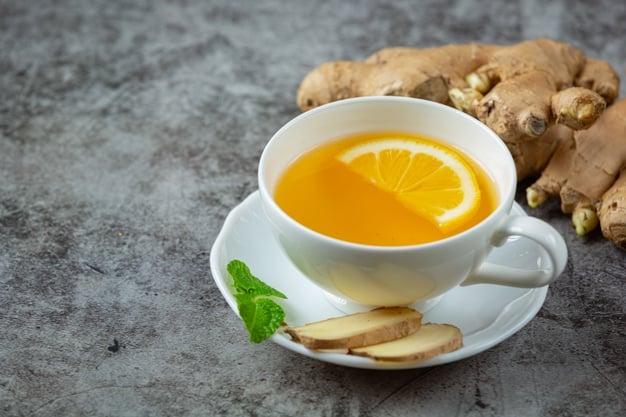 Chá de menta com gengibre e laranja