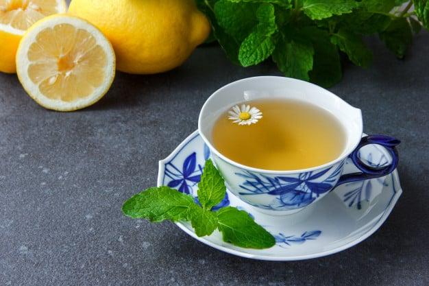 chá de menta com laranja