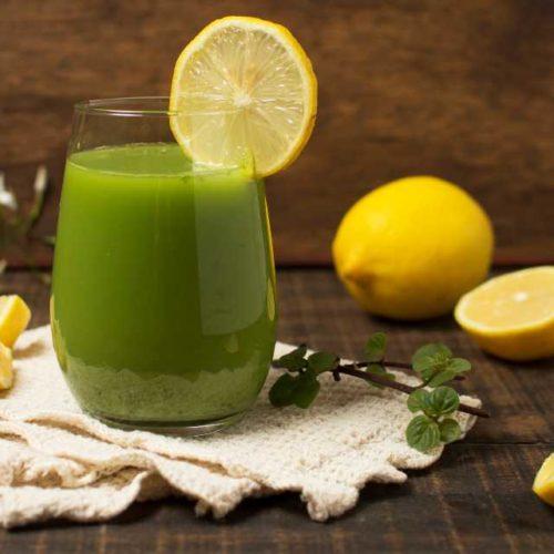 Suco de jiló e limão