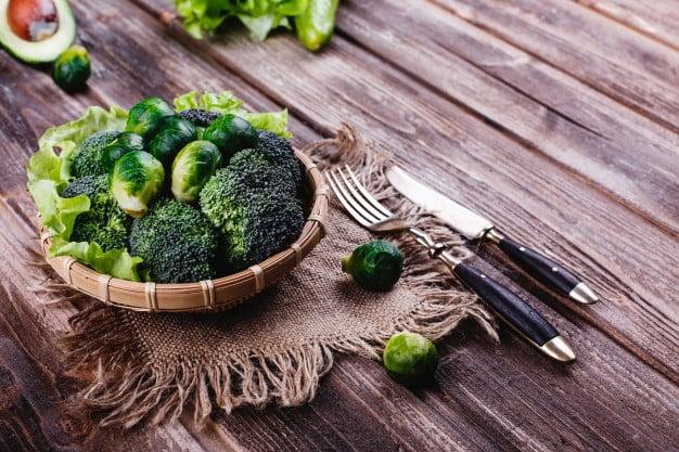 brócolis vegetal verde escuro