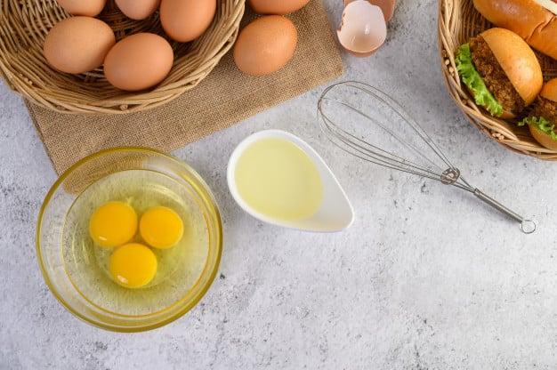 ovos e claras separada