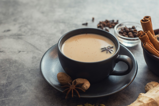 Masala chai tradicional chá indiano