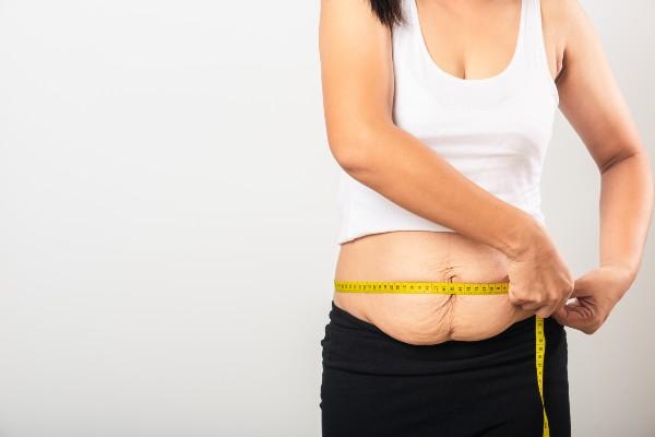 barriga pós-parto