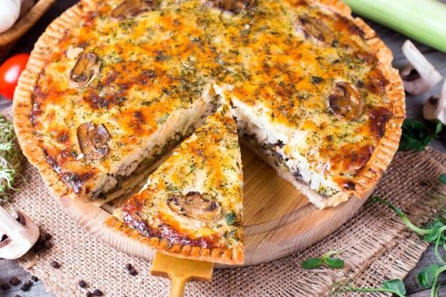 torta de frango low carb com champignon