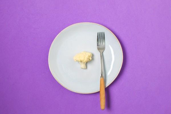 Comer pouco
