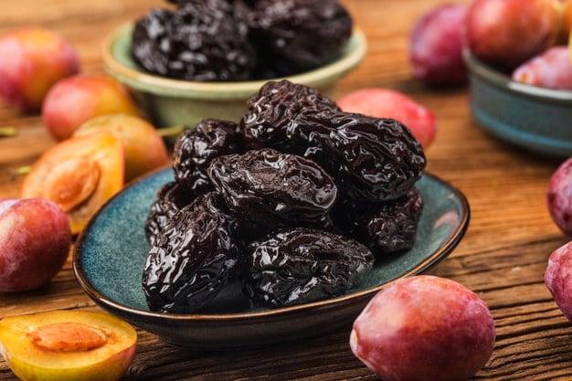 ameixas secas é um alimento rico em iodo