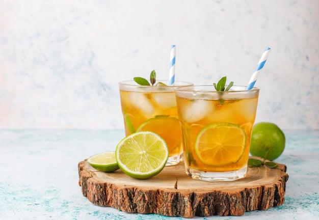 Suco de Tamarindo com limão