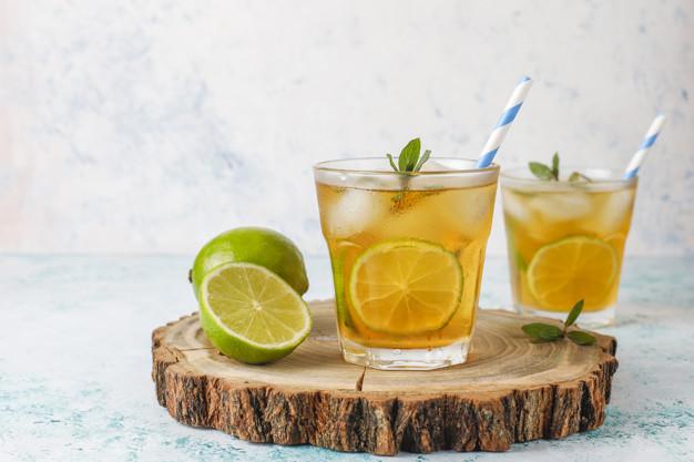 Receita de chá de abacaxi com limão