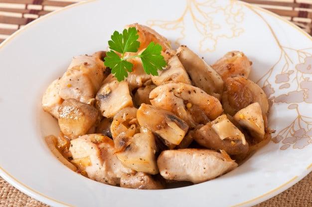 receita de frango com cogumelos