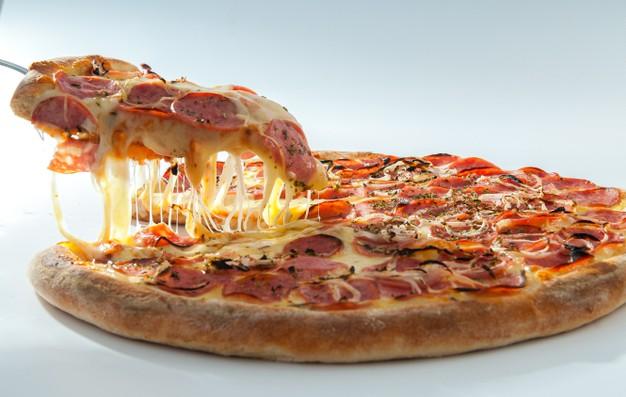 Receita de pizza low carb de lombo