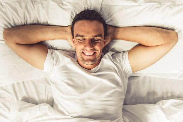 Antes de dormir é uma das melhores horas para tomar albumina