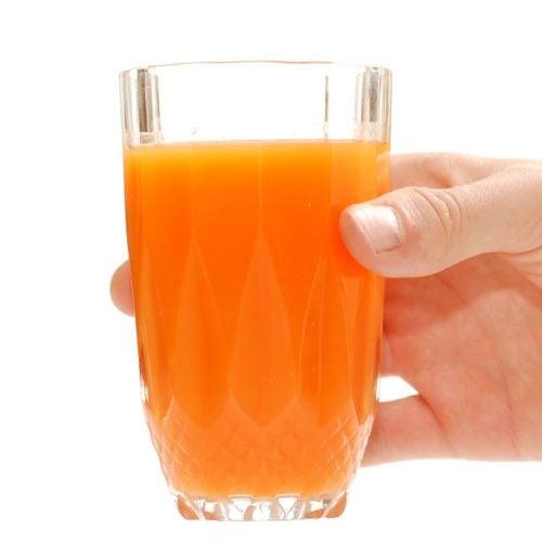 Suco de broto de alfafa para emagrecer