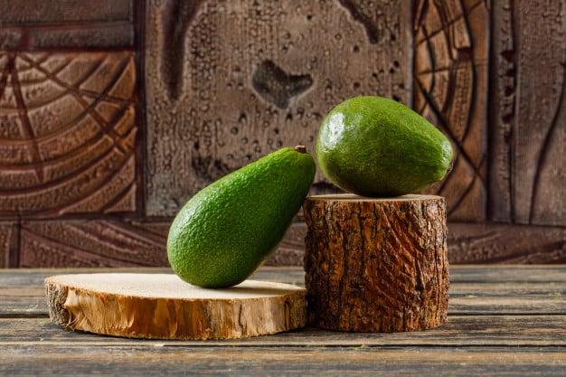 abacates fechados