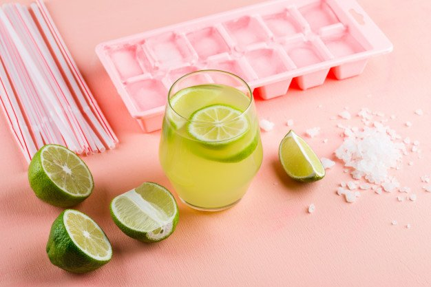 água com limão com sal