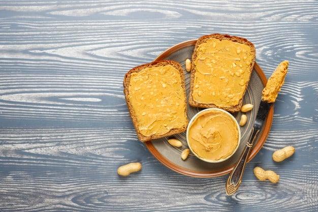 Receita de sanduíche fit com pasta de amendoim