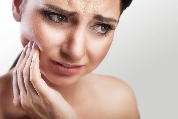 dor na mandíbula