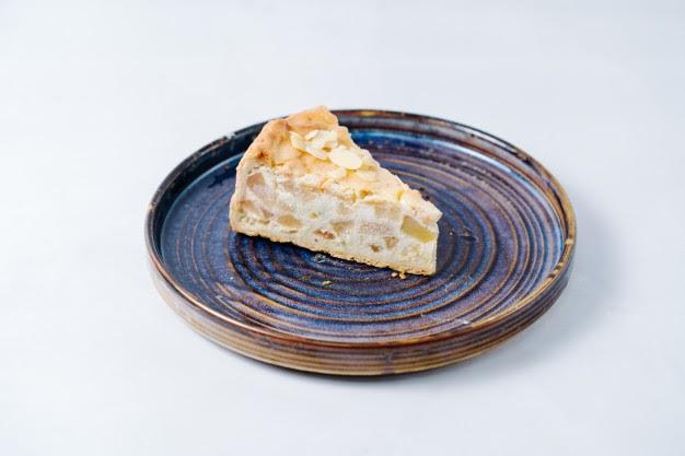 Receita de bolo de abacaxi low carb com amêndoas