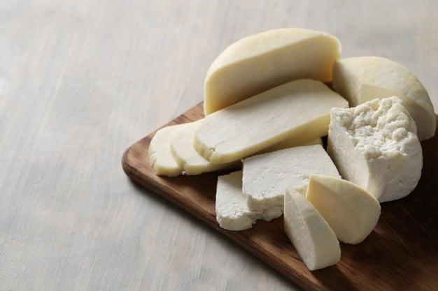 queijo de amêndoas