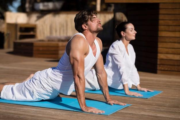 yoga no solo