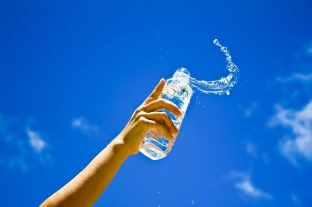Hidratação melhora digestão lenta