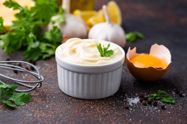 Maionese com leite de castanhas