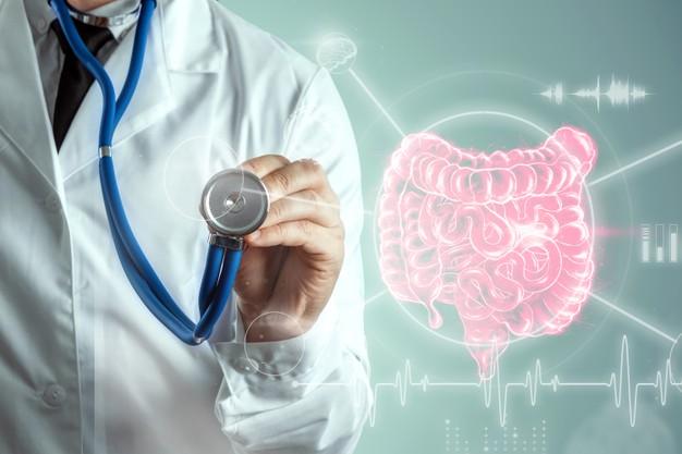 médico e intestino