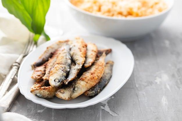 sardinhas empanadas