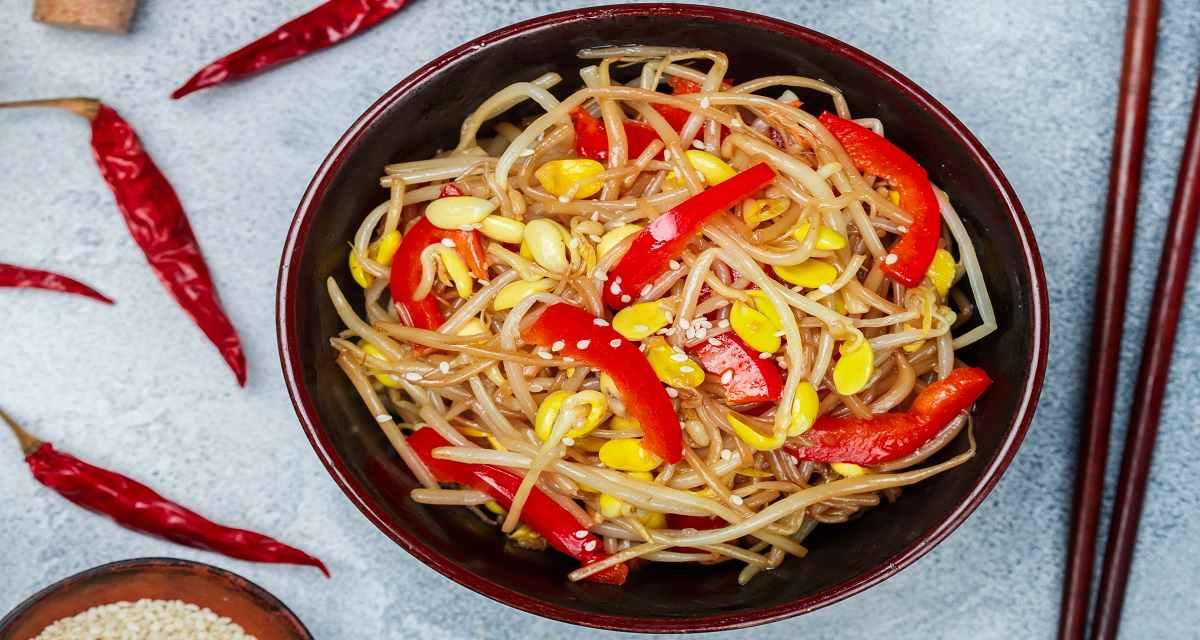 Salada moyashi