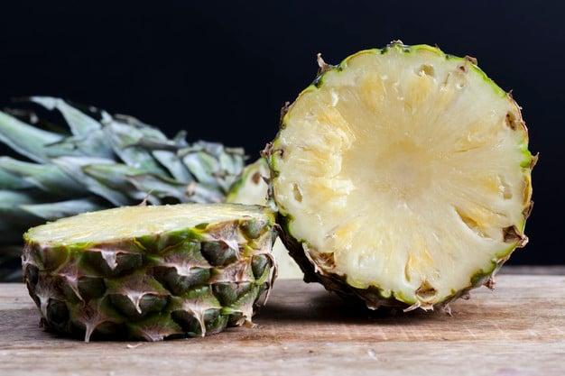 abacaxi com casca