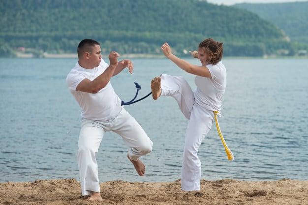 Capoeira emagrece