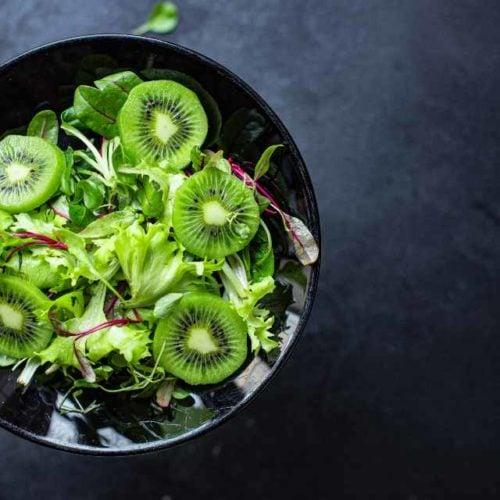Salada de legumes com frutas