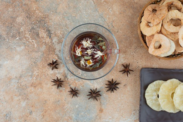 chá de abacaxi com hortelã