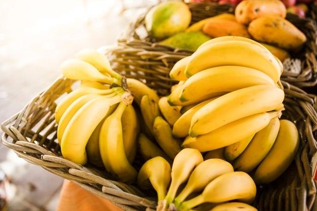 frutas amarelas